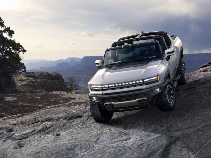 Hummer Listrik GMC 2022 Terlihat Jauh Berbeda